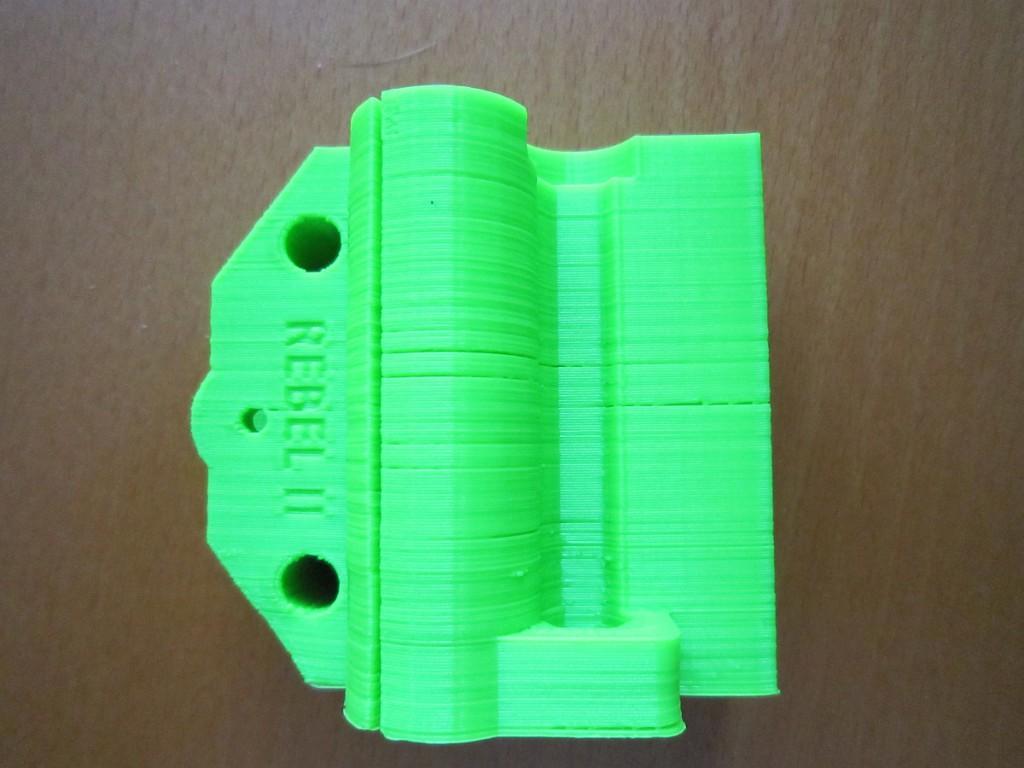 Nepravidelně podávaný filament